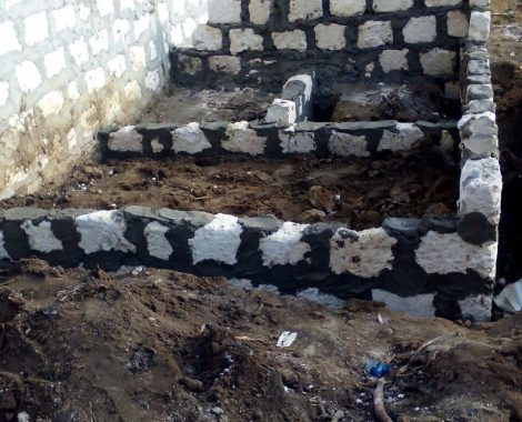 8 maggio - inizio costruzione primo bagno